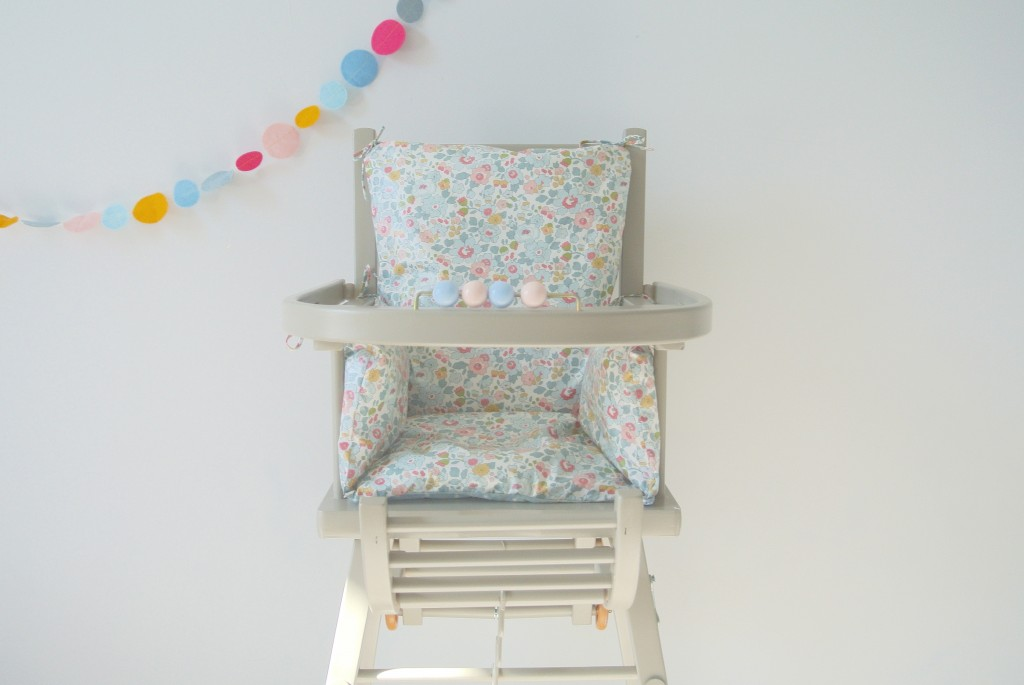 little cloud. Black Bedroom Furniture Sets. Home Design Ideas